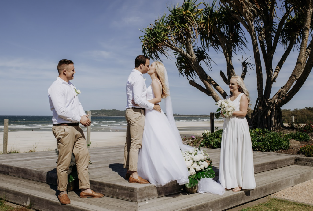 Byron Bay wedding photography bride and groom kissing